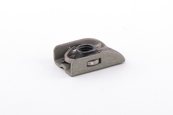 One-Lug Clip-Retained Nutplate